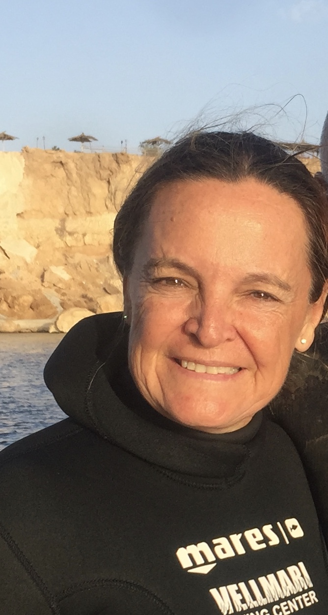 Cristina Ozores, director of the marine education program at Vellmarí